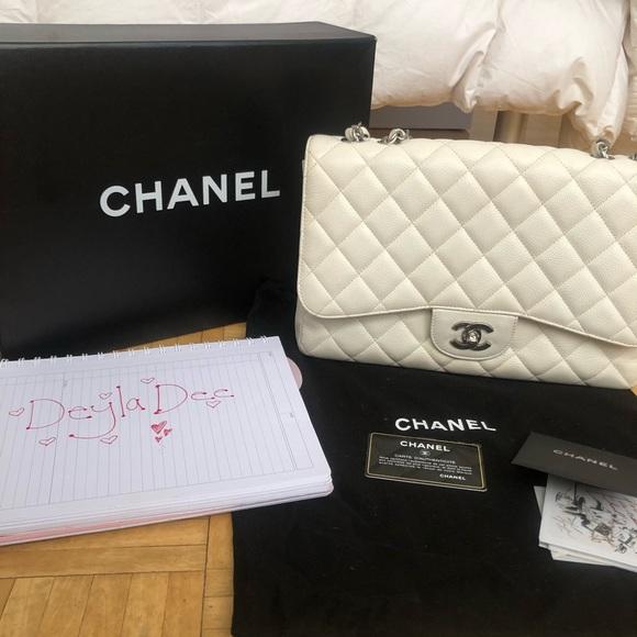 CHANEL Handbags - White Chanel Purse